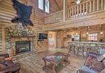 Location vacances Bryson City - 'Deep Creek Mountain Lodge' w/Prvt Hot Tub & Views-4