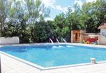 Location vacances Saint-Saud-Lacoussière - Holiday home St. Saud Lacoussiere with Outdoor Swimming Pool 327-1