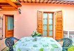 Location vacances  Province de Pesaro et Urbino - Roncaglia Villa Sleeps 4 Pool Air Con Wifi-4