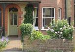Location vacances Bishops Stortford - Grange Guest House-1