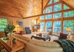 Location vacances Cleveland - Chalet in the Woods ( 3-Bedroom Chalet )-1