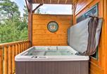 Location vacances Gatlinburg - Luxurious 'Smokies View' Gatlinburg Falls Cabin!-4