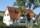 Location vacances Bischofsheim an der Rhön - Ferienwohnung Gertraud Müller-1