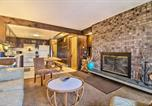 Location vacances Chittenden - Ski-In/Ski-Out Pico Mtn Townhome w/ Fireplace-2