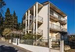 Location vacances Kaštela - One-Bedroom Apartment in Kastel Luksic-1