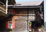 Location vacances  Province de Belluno - Zimmer In Kratten-3