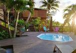 Location vacances  Guadeloupe - Villa with 3 bedrooms in Deshaies with wonderful sea view private pool furnished terrace-4