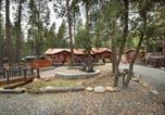 Location vacances Fish Camp - Yosemite's Buss Stop-2