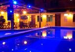 Location vacances Lauro de Freitas - Hotel Pousada Villas do Atlantico-1
