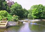 Camping Mayenne - Camping Le Parc de Vaux -2