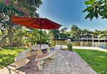 Location vacances Coral Springs - Waterfront Hideaway with Heated Pool, Dock & Garage home-2