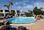 Location vacances Tías - Black Stones Share Pool!-3