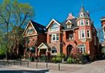 Hôtel Toronto - Madison Manor B&B and Pub-1