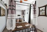 Location vacances Marseille - Very nice and calm studio at the heart of Marseille Old Port - Welkeys-1