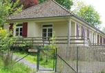 Location vacances  Saône-et-Loire - Spacious Holiday Home with Swimming Pool in Cuzy-1