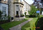 Hôtel Ayr - Miller House Courtyard-3