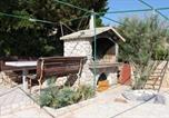 Location vacances Kolan - Family friendly seaside apartments Kustici (Pag) - 6376-4