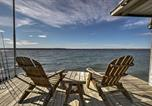 Location vacances Geneva - Luxury 3br and Loft Seneca Lakehouse with Private Dock!-2
