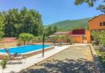 Location vacances Ružić - Stunning home in Vrlika w/ Outdoor swimming pool, Wifi and Heated swimming pool-1