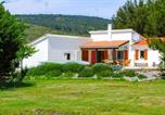 Location vacances Sant Llorenç de la Muga - Beautiful home in Pouzols-Minervois with Outdoor swimming pool and 3 Bedrooms-2