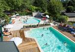Camping en Bord de lac Aveyron - Village Vacances Le Hameau Saint Martial-1