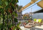 Location vacances Athènes - Athena's Home, Sunny Balkony 100m from metro!-1