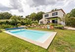 Location vacances Pourrières - Belle Villa Avec Piscine Proche Sainte-Victoire-1