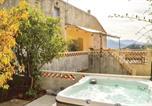 Location vacances Muro - Two-Bedroom Holiday Home in Montegrossu-3