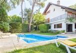 Location vacances Vidreres - Sils Villa Sleeps 7-1