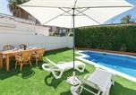 Location vacances Los Belones - Four-Bedroom Holiday Home in Islas Menores-3