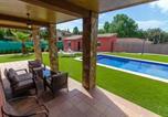 Location vacances Sant Andreu Salou - Santa Ceclina Villa Sleeps 10 Pool Wifi-3