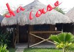 Hôtel Lomé - La Case De Crusoe-3