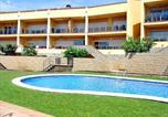 Location vacances Garriguella - Apartment Sun Village I-3