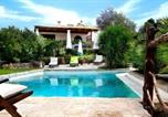 Location vacances Luogosanto - Sant'Antonio di Gallura Villa Sleeps 4 Pool Air Con-1