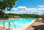 Location vacances Perpezac-le-Blanc - Beautiful Holiday Home in Teillots France with Swimming Pool-1