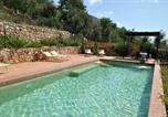 Location vacances  Province de Latina - Stazione di Itri Apartment Sleeps 6 Pool Air Con-1