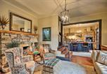 Location vacances Spartanburg - Historic 1900s Saluda Cottage, Walk to Main Street-2