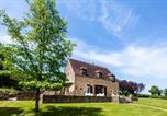 Location vacances  Nièvre - Moulins-Engilbert Villa Sleeps 10 Pool-1