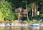 Location vacances Victor - Maple Cottage on Secret Cove in Parkland-2