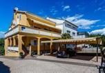 Location vacances Malinska-Dubašnica - Apartments in Malinska/Insel Krk 13213-1