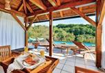 Location vacances Varaždinska - Three-Bedroom Holiday Home in Beretinec-3