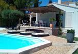 Location vacances  Gard - Villa en Vaunage-1