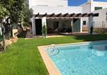 Location vacances Sant Lluís - Villa Biniblanc con jardin y piscina privada-1