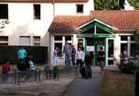 Hôtel Fontcouverte - Auberge de Jeunesse de Saintes-1