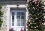 Hôtel Quettehou - Chambres d'Hotes Elvire et Laurent Barbey-2