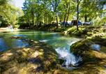 Camping avec Piscine Saint-Martial-de-Nabirat - Camping Les Cascades-4