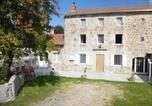 Location vacances Saugues - Gîte Esplantas-Vazeilles-Esplantas, 4 pièces, 8 personnes - Fr-1-582-225-2