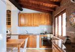 Location vacances Montelepre - Carini Villa Sleeps 8 Pool Air Con Wifi-4