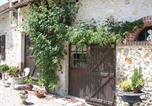 Location vacances Brinay - La Petite Ferme-1