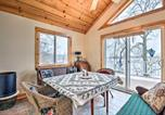 Location vacances Ionia - Lakeside Cottage Escape with Private Dock and Deck-4